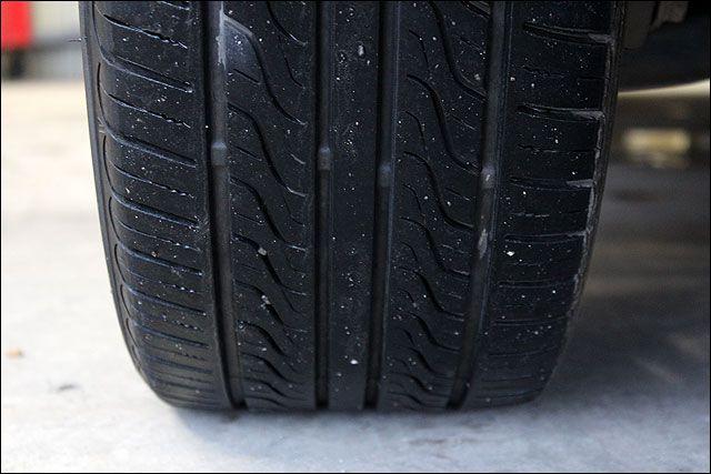 タイヤは半分くらいです。