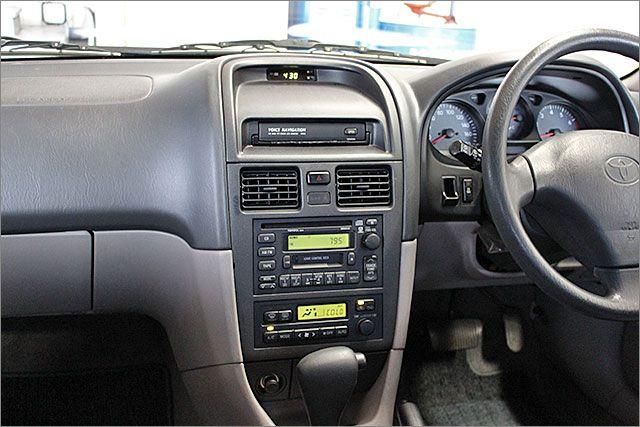 CDカセット、ラジオがご使用できます。