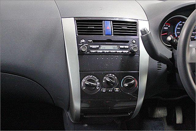 エアコンOKです。ステレオはCDとラジオが使用できます。