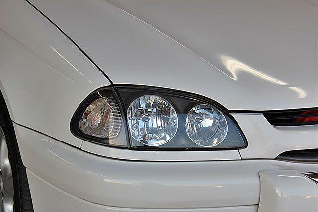 HIDヘッドライトにも変更可能、料金15750円~です。