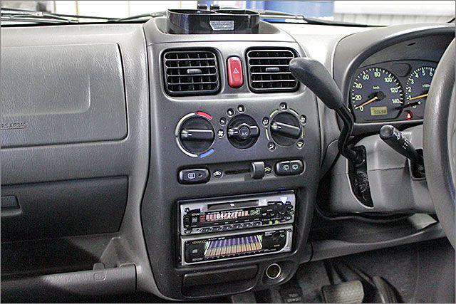CD,MD、ラジオが使用できます。