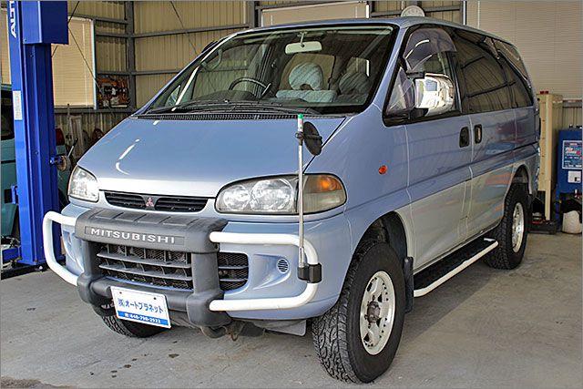 ミツビシ デリカスペースギア XR 4WD。
