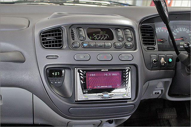 エアコンOK、CDとラジオが使用できます。