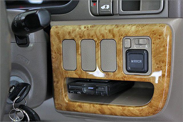 ETC装備!高速道路の出入りもスムースにで快適です。 ドアミラーOKです。