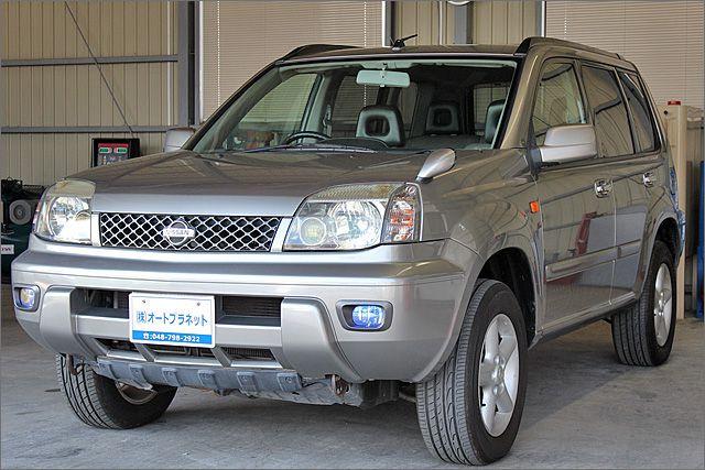 ニッサン エクストレイル 4WD 2.0X。