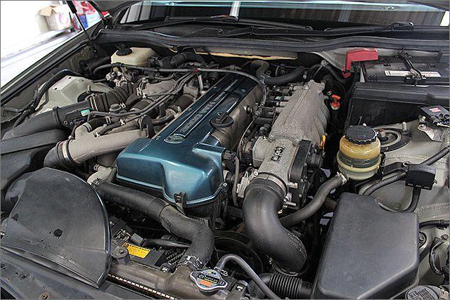 エンジン、ミッション良好・オイル漏れもございません。 ツインターボの加速は心地いいです。