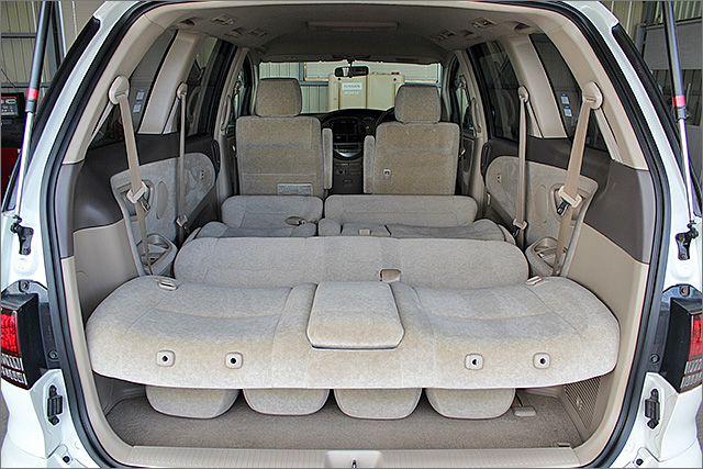 フルフラットにもできますので、車内泊もできますよ。