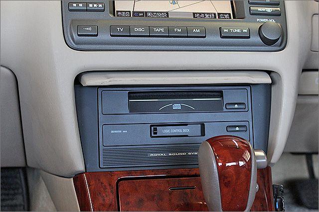 CDとテープが使用できます。