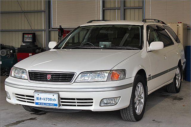 程度良好・車検整備付のマーク2クオリスです。装備は4WD、DVDナビ、CD/テープ、キーレス、アルミ、HIDライト付きになります。