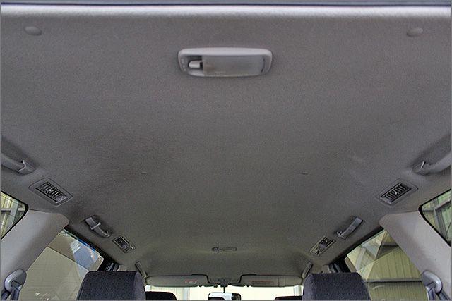 天井少し汚れがございます。