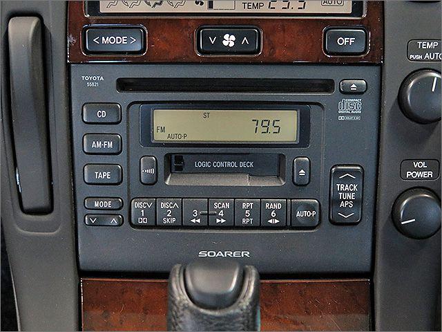 CD,カセットテープ、ラジオが使用できます。