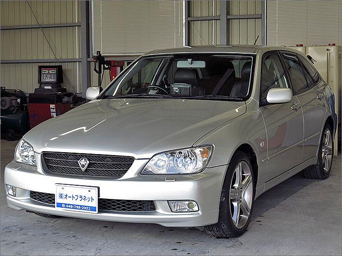 程度良好・車検整備付の●アルテッツァジータ AS200 Lエディションです。装備はDVDナビ、CD、MD、ETC、キーレス、アルミ、HIDライト付きになります。