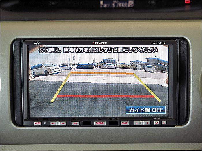 バックカメラ付、後方確認の際とっても便利です。
