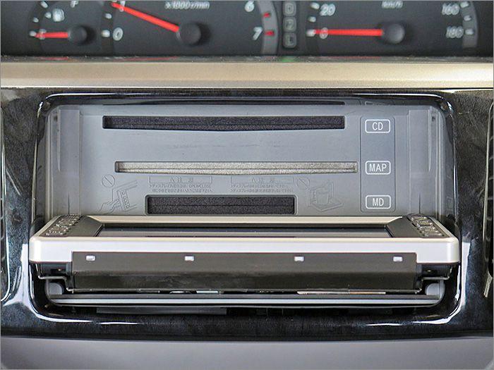 CDとMDは再生することができません(読み込み不良)ラジオは使用可能です。