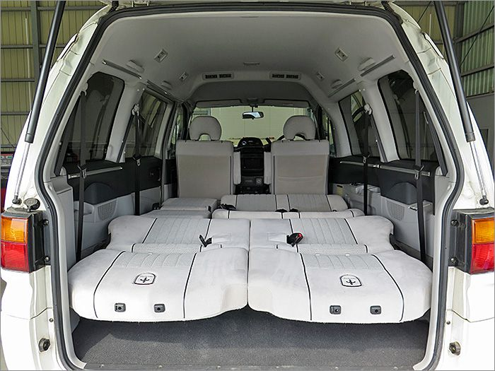 車内泊も楽しめる広さです。