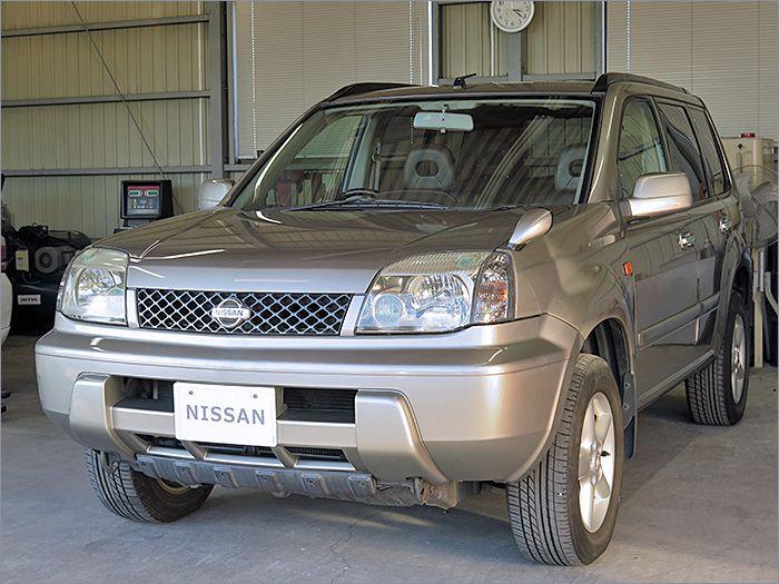 車両状態良好のエクストレイル4WDです。装備はCD、キーレス、アルミ、HIDライト付き。