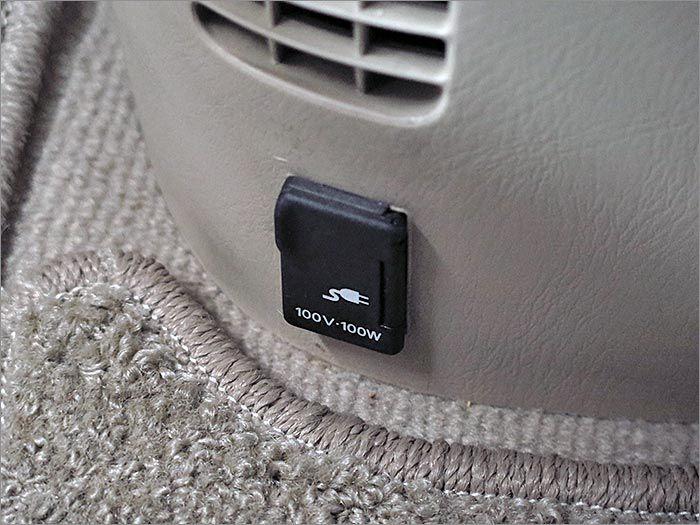 100V100Wまでの電化製品が使用可能です。