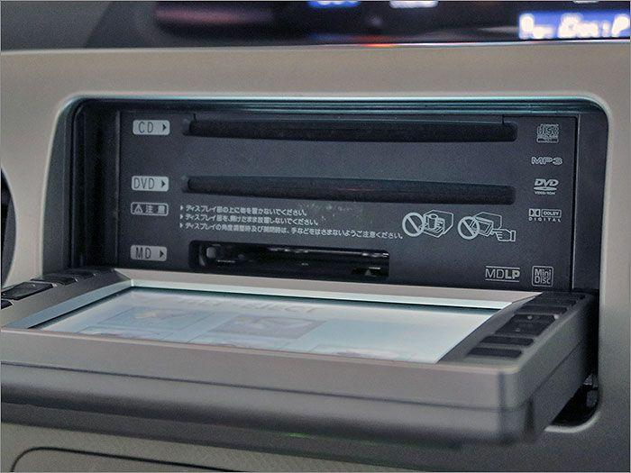 CD、DVD、ラジオが使用できます。