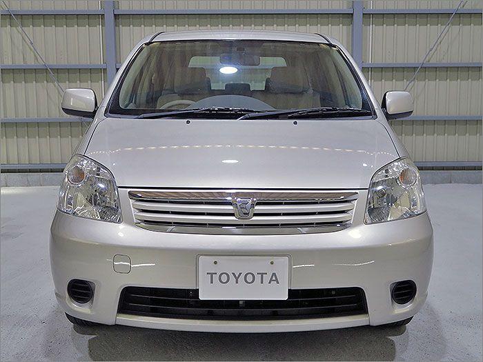 車両状態良好のラウムです。装備は左側自動ドア、DVDナビ、CD、ETC、キーレス付き。