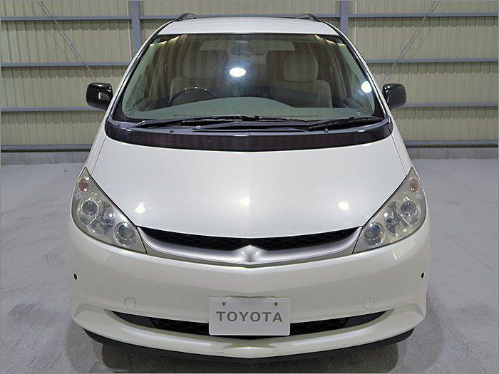 車両状態良好のエスティマハイブリッドです。装備はDVDナビ、バックカメラ、CD、MD、クルーズコントロース、キーレス、アルミ、HIDライト、クリアランスソナー付き。