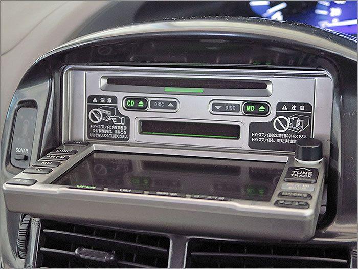 CD、MD、ラジオが使用できます。