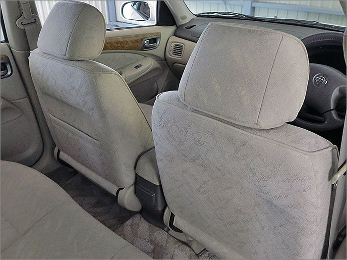 シートの裏側のコンディションも問題ありません。