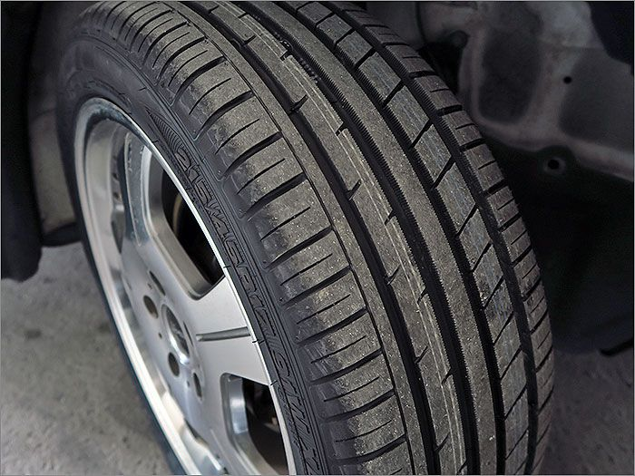 タイヤは新品に交換済みです!