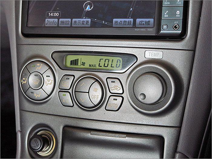 エアコンの動作も確認済み。暑い季節でも快適な車内環境を提供してくれます。
