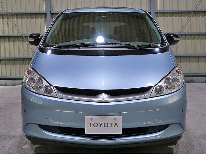 車両状態良好のエスティマハイブリッドです。装備はDVDナビ、CD、MD、地デジ、ドライブレコーダー、キーレスアルミ、HIDライト付き。