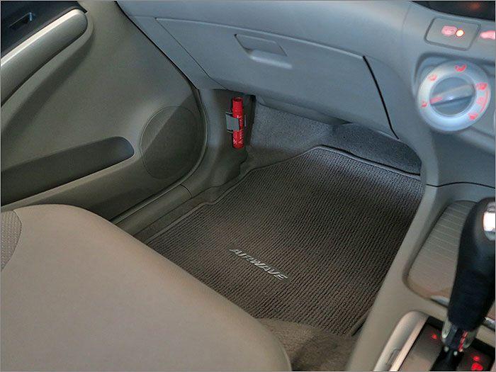 普段は気がつかない足元周りもきれいに清掃済みです。