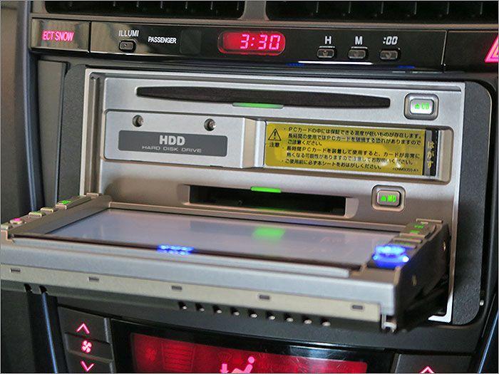 オーディオはCD、DVD再生、ラジオが使用できます。