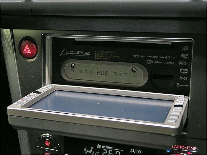 オーディオはCDとDVD再生ができます。ラジオは受信状態が悪く聞きづらい状態です。