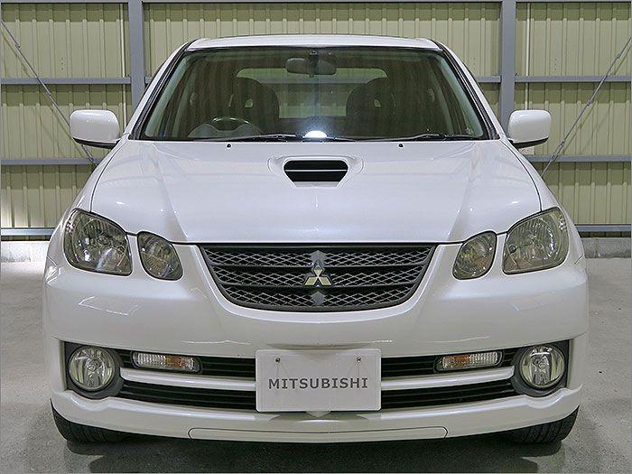 車両状態良好のエアトレックターボR4WDです。装備はHDDナビ、DVD再生、CD、ETC、キーレス、アルミ、HIDライト、サンルーフ。