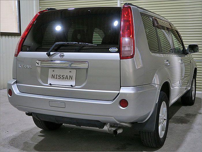 自動車整備士が1台1台厳選したお車のみ販売しています。